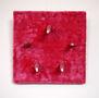 Рожевий квадрат, 2016, фанера, штучне хутро, гіпс, накладні нігті